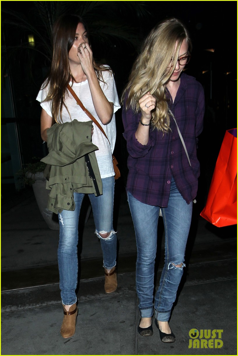 amanda seyfried had so much fun with jennifer carpenter 122936078