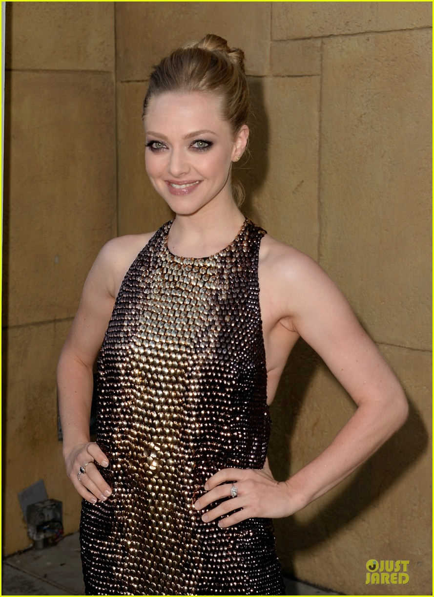 amanda seyfried sharon stone lovelace hollywood premiere 10