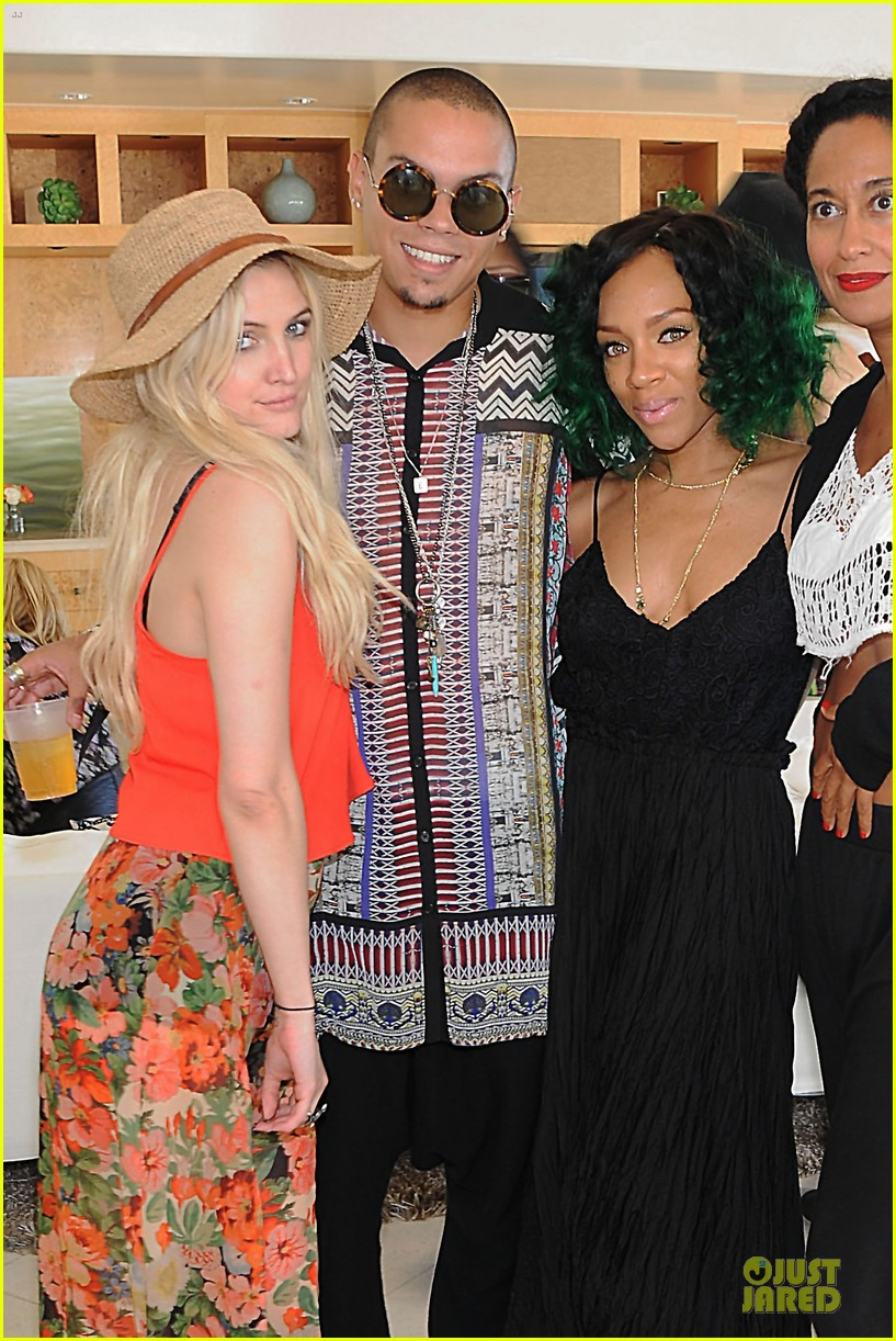 ashlee simpson evan ross 25th birthday celebration 052938099