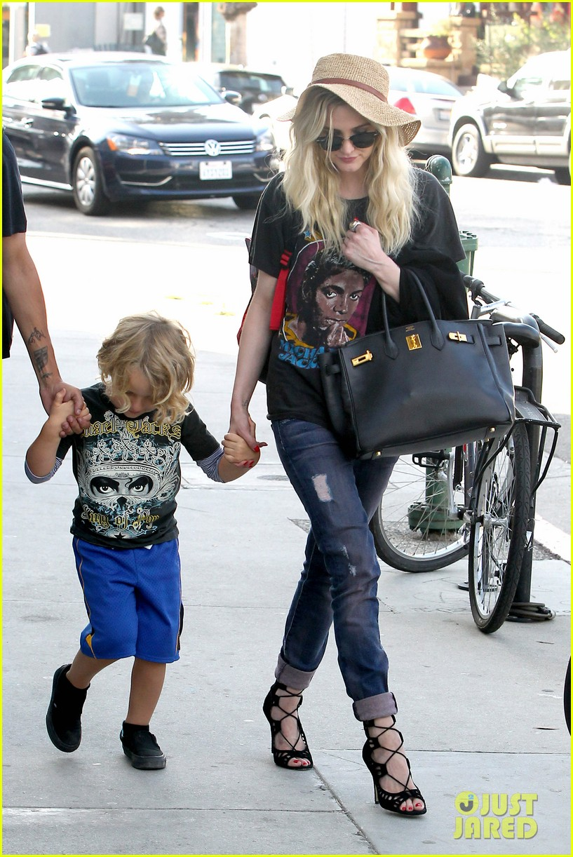 ashlee simpson bronx loves being cousin to maxwell ace 032923761