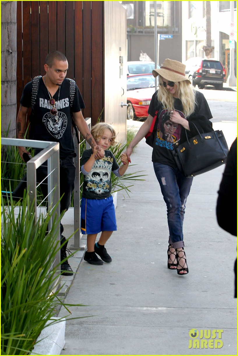 ashlee simpson bronx loves being cousin to maxwell ace 12