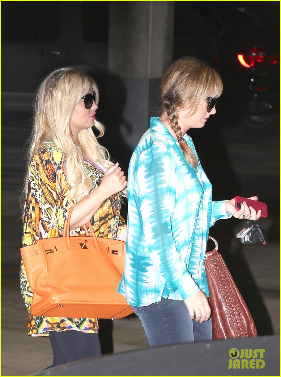jessica simpson eric johnson step out after aces birth 042921467