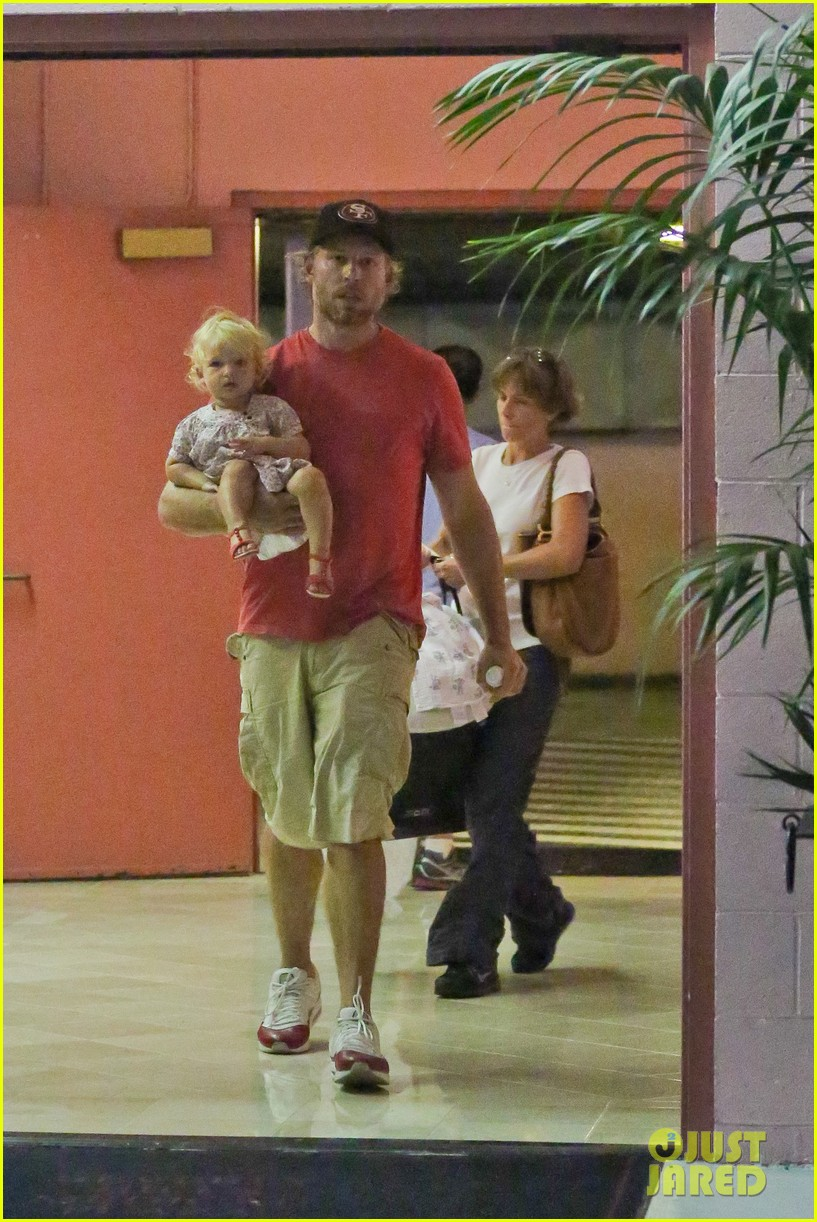 jessica simpson eric johnson step out after aces birth 132921476