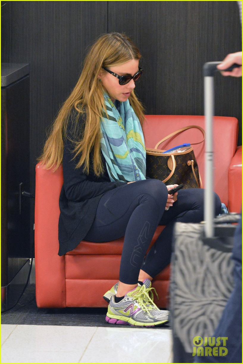 sofia vergara back to miami 13