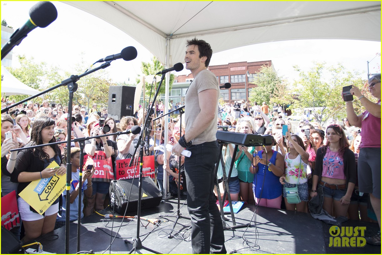 ian somerhalder rallies with sierra club in north carolina 022937220