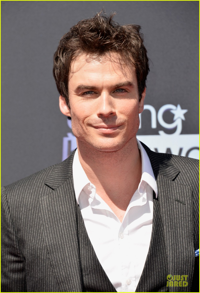ian somerhalder young hollywood awards 2013 red carpet 022921747