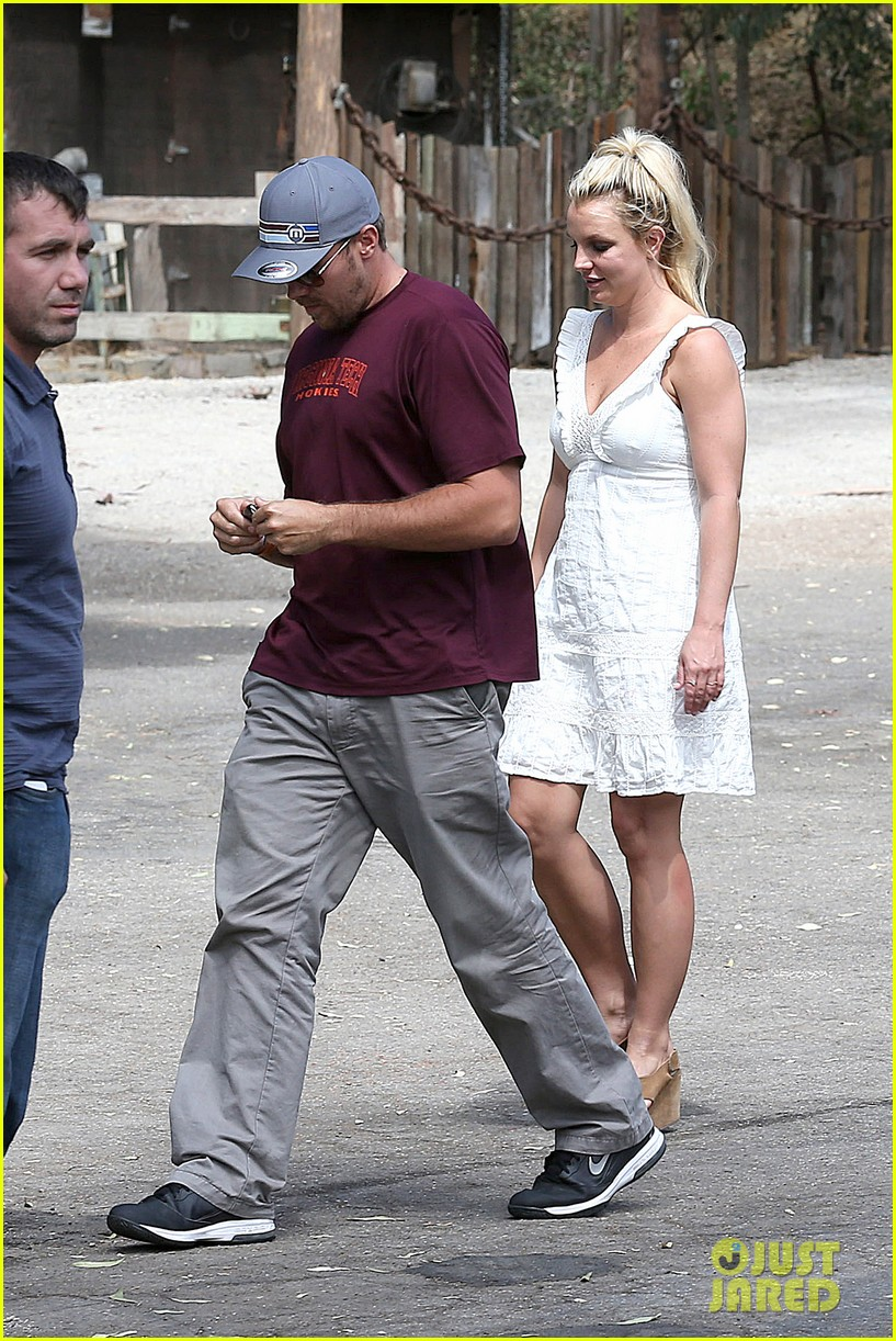 britney spears lunches with david lucado mom lynne 052941410
