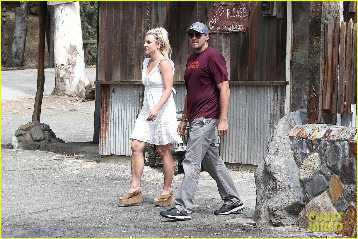 britney spears lunches with david lucado mom lynne 092941414