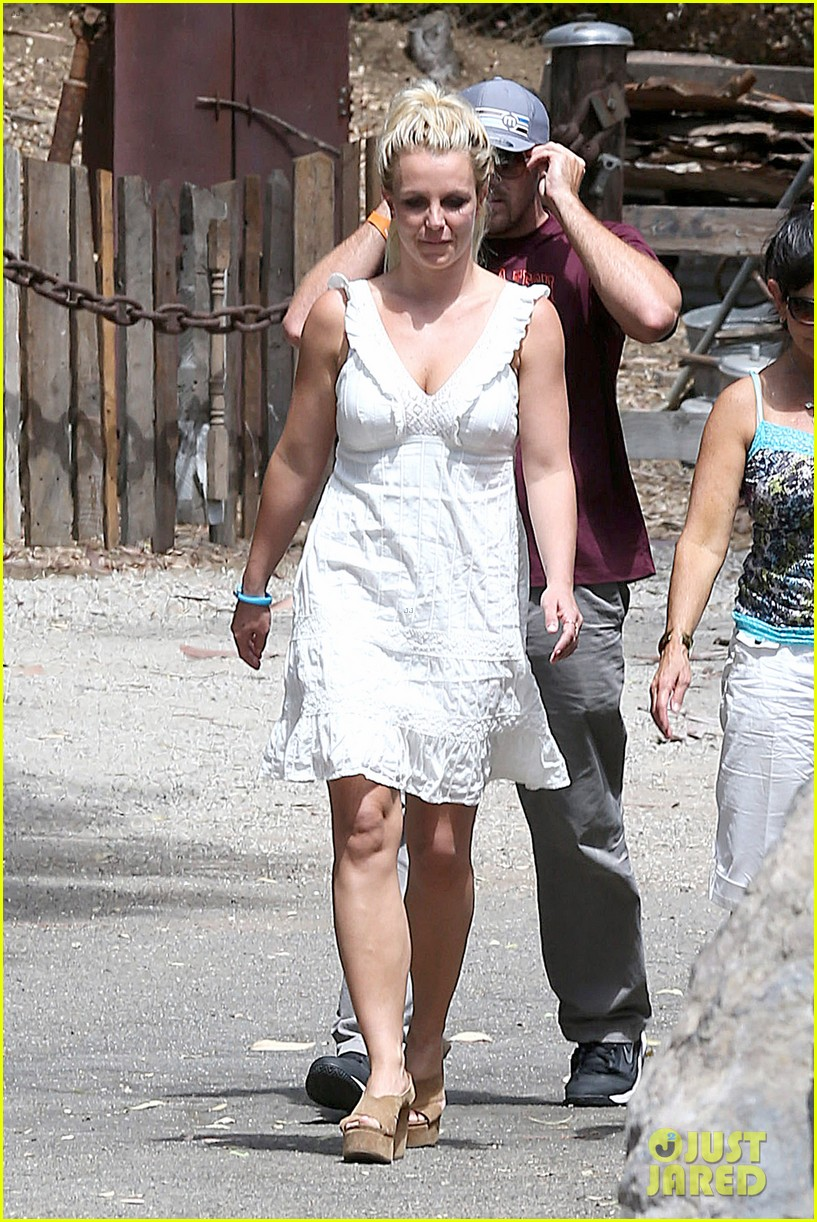 britney spears lunches with david lucado mom lynne 222941427