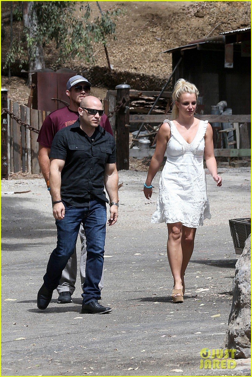 britney spears lunches with david lucado mom lynne 262941431