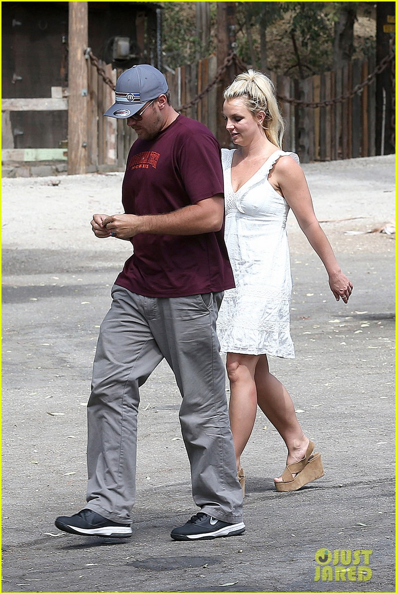 britney spears lunches with david lucado mom lynne 282941433