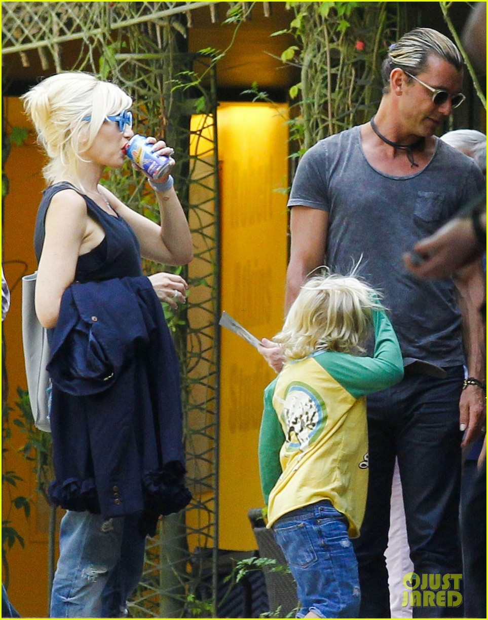 gwen stefani gavin rossdale zumas birthday celebrations 05