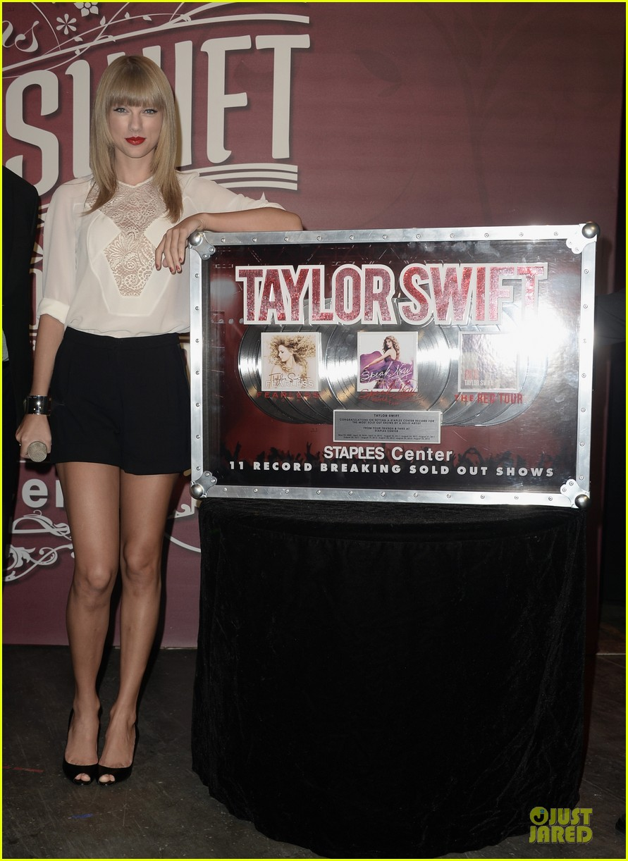 taylor swift 11 record breaking sold out shows at staples center 07