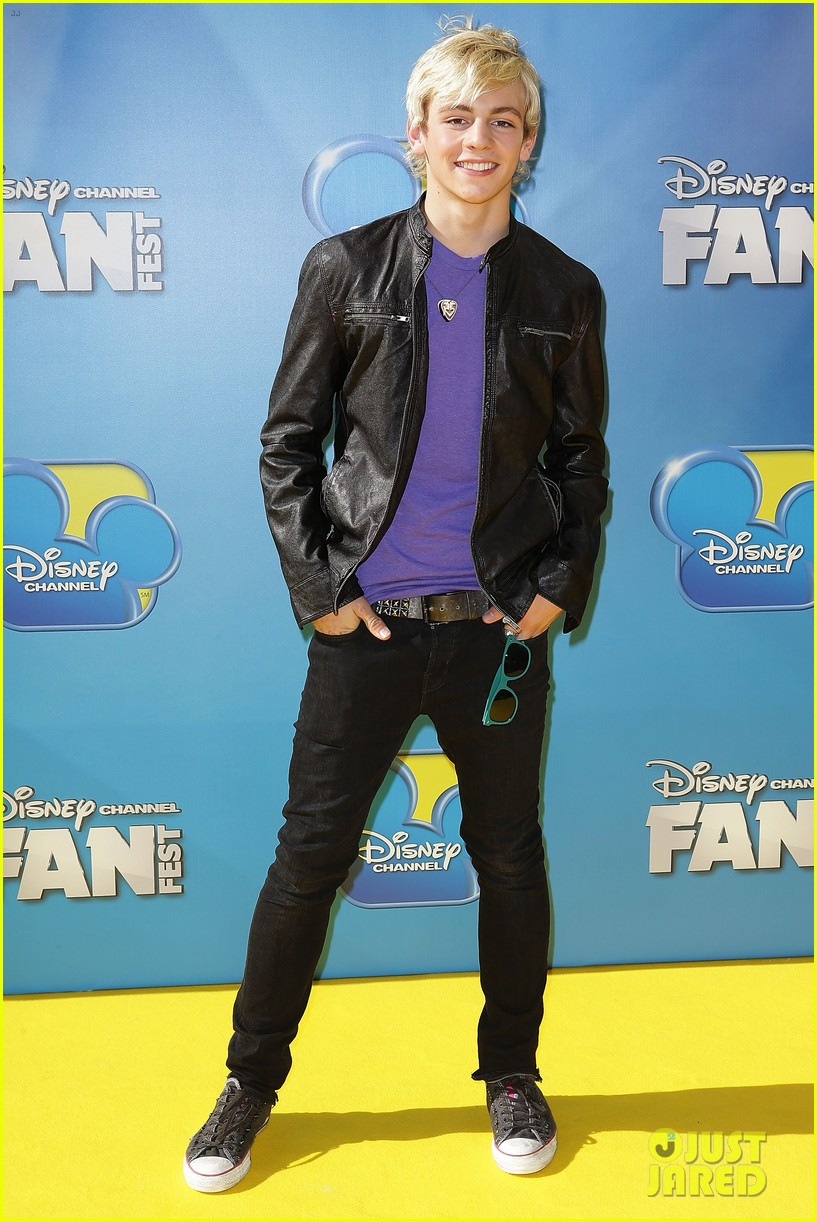 ross lynch maia mitchell teen beach movie australian premiere 032923236
