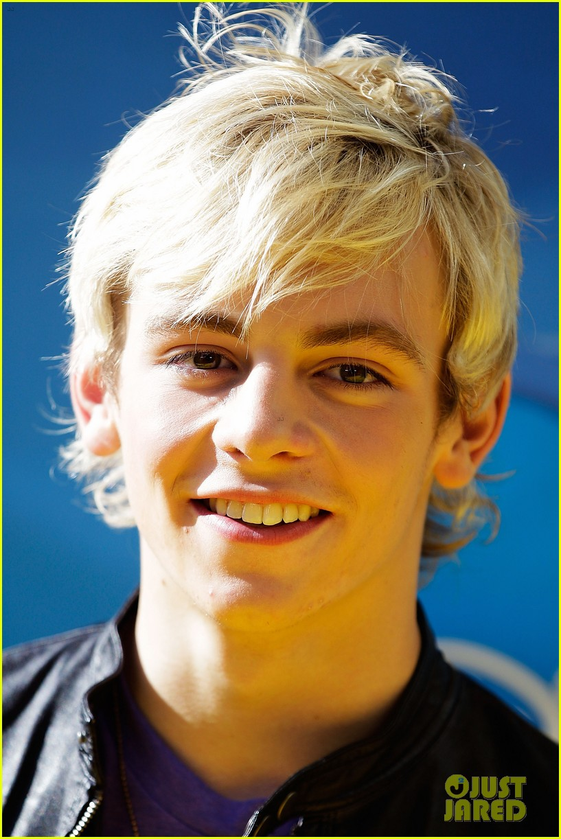 Ross Australia  city photo : Ross Lynch & Maia Mitchell: 'Teen Beach Movie' Australian Premiere ...