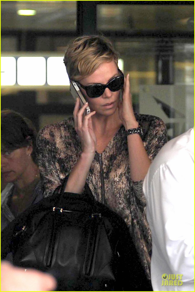 charlize theron we can be the generation to defeat aids 122922935