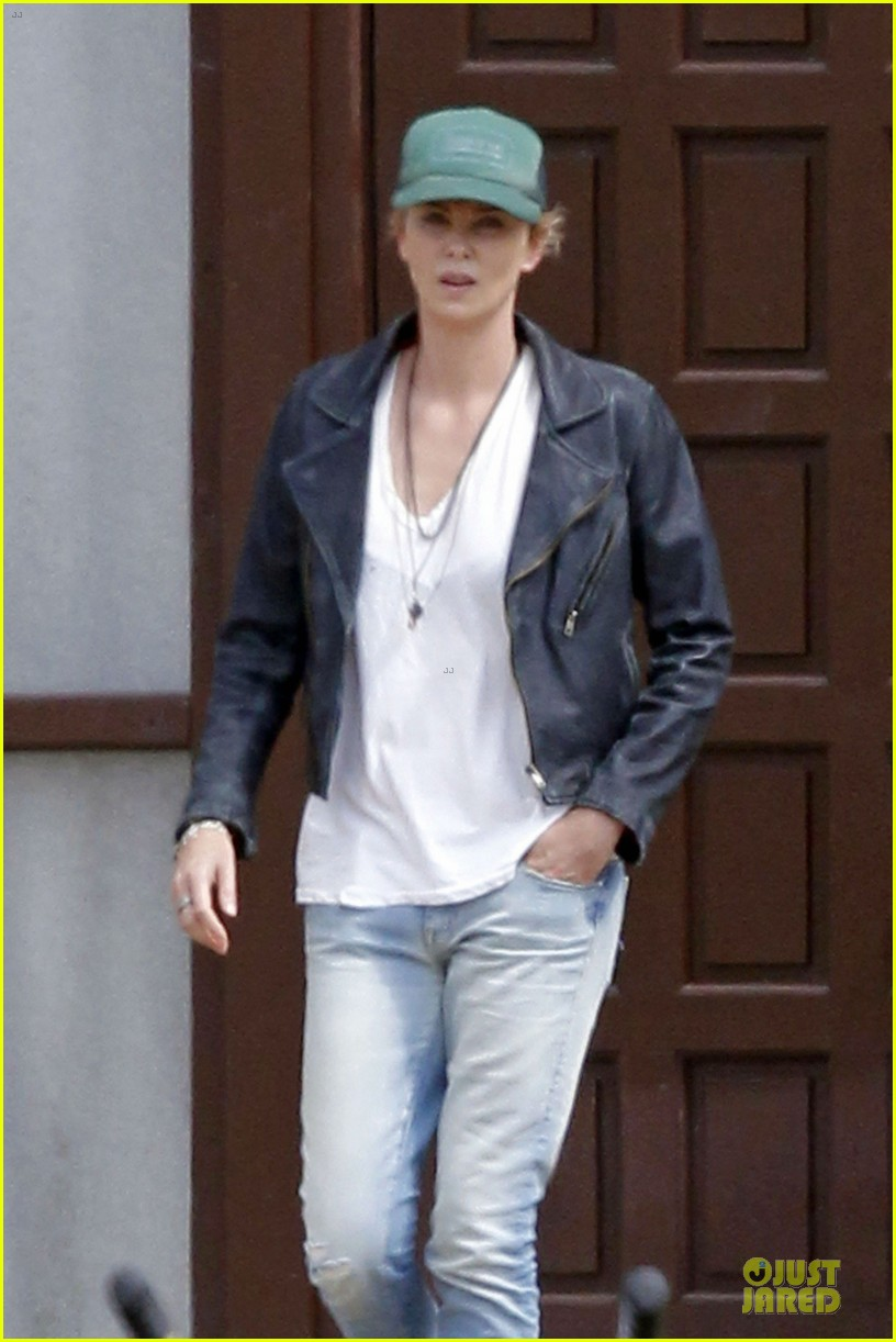 charlize theron dark places starts shooting 04