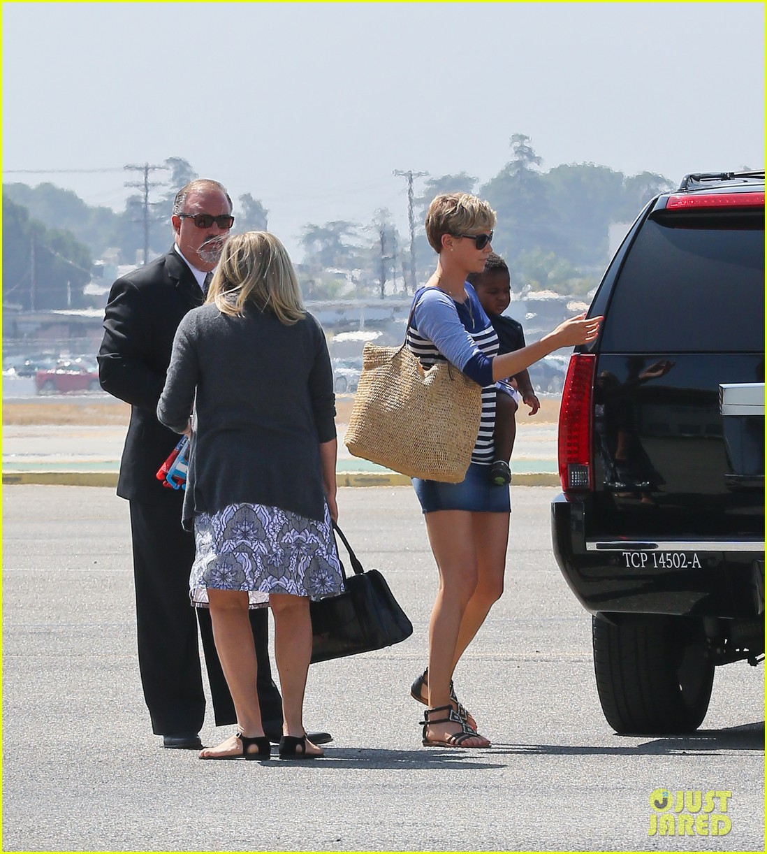 charlize theron jackson depart in los angeles together 032924863