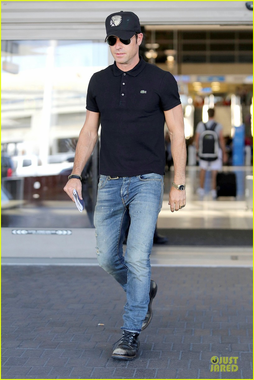 justin theroux immigration and border patrol office at lax 072939069