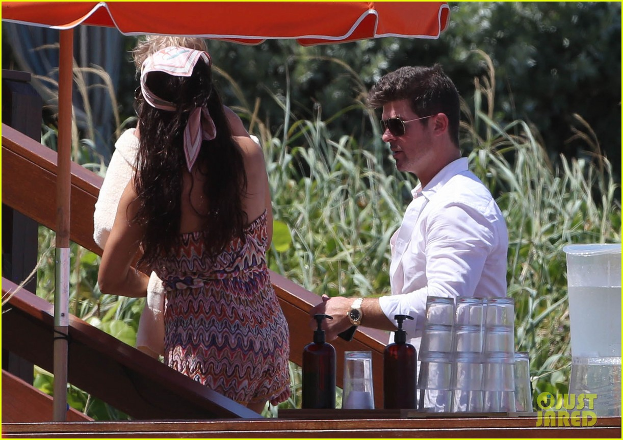 robin thicke paula patton beach day with julian 222940348