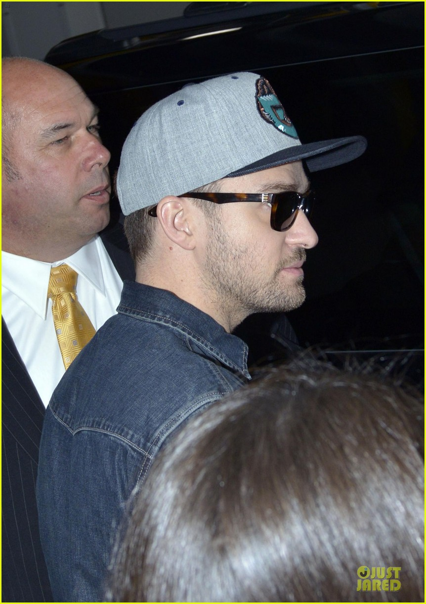 justin timberlake steps out after defending miley cyrus 04