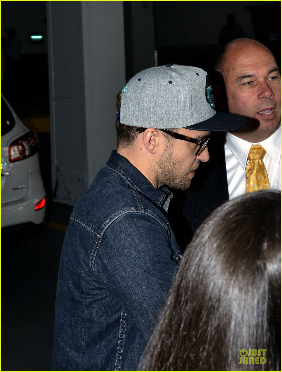 justin timberlake steps out after defending miley cyrus 062939212