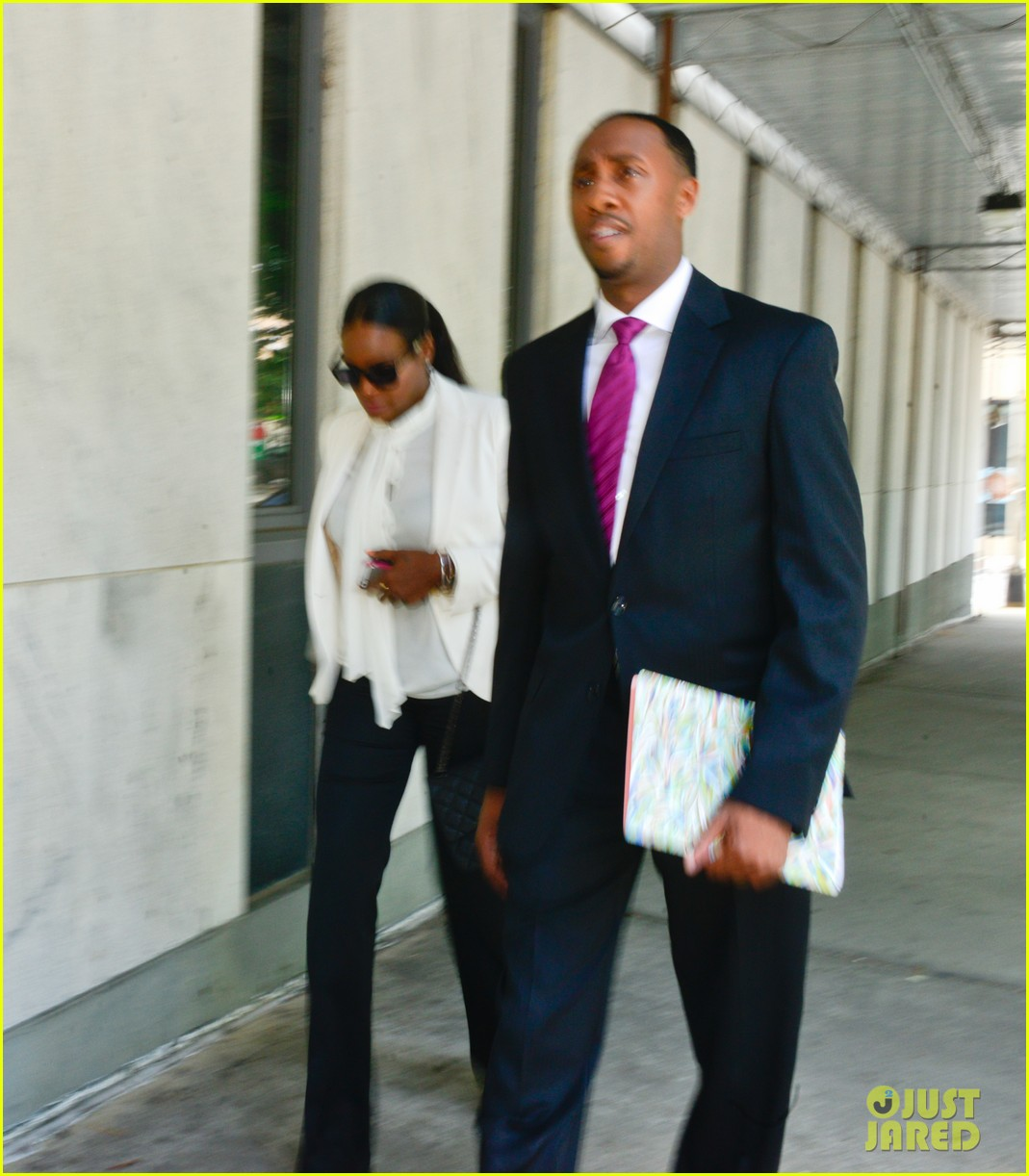 usher wins custody battle hugs tameka foster after trial 092926790