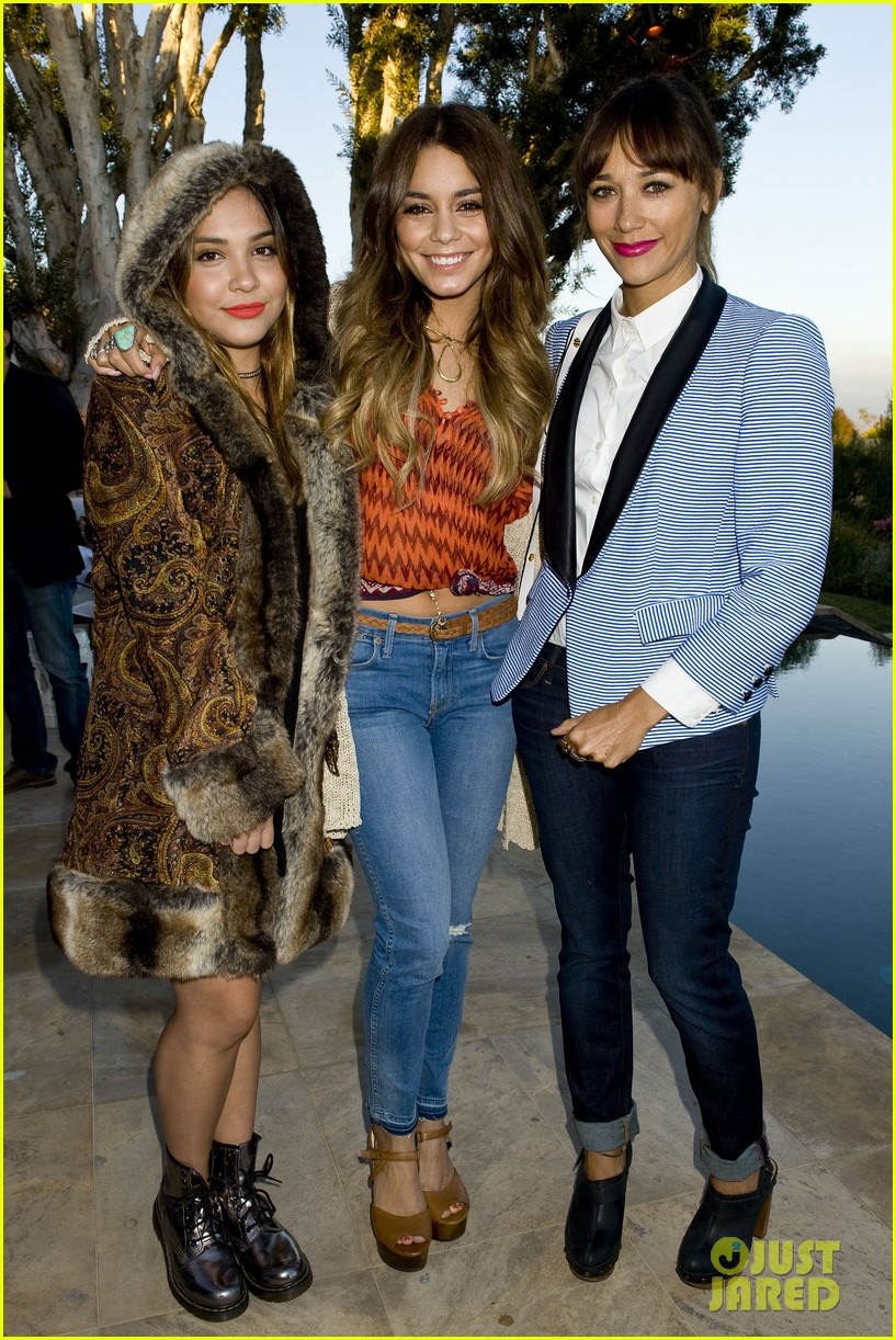 vanessa hudgens rashida jones lucky brand celebration event 01