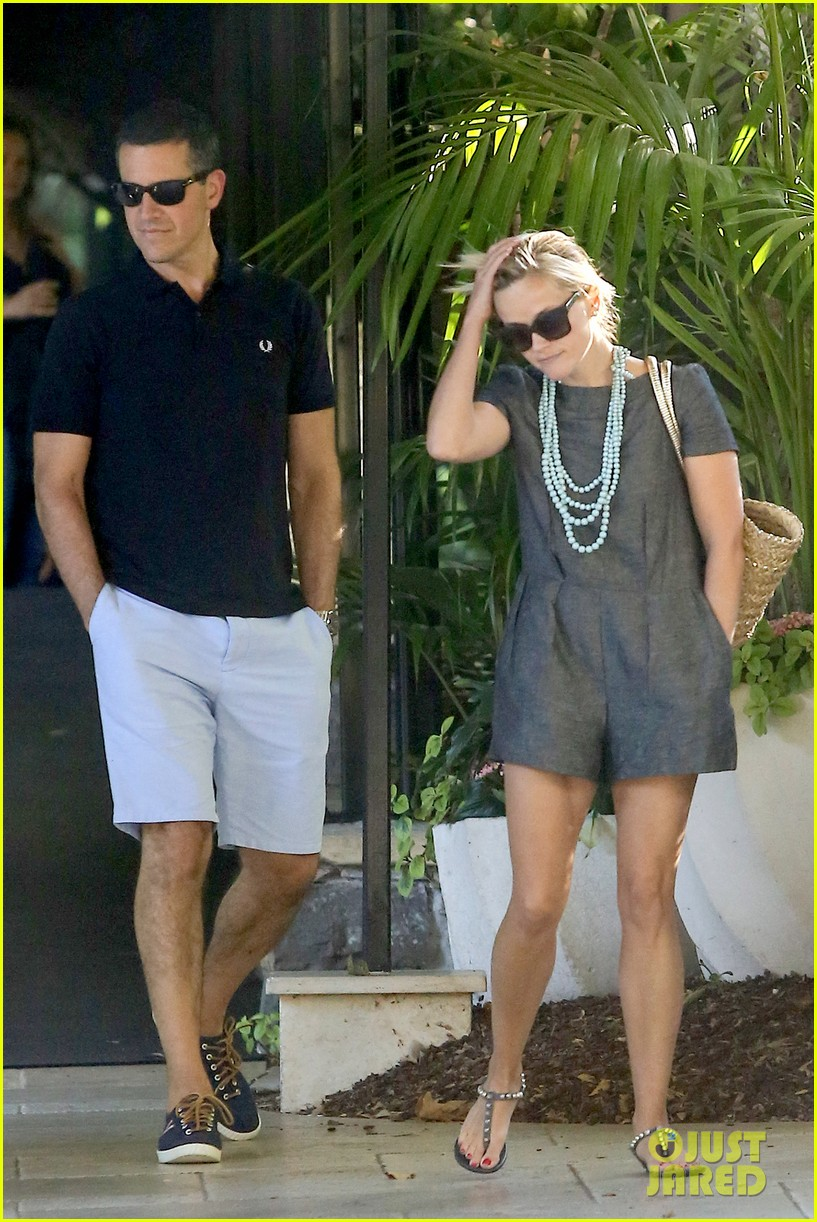 reese witherspoon jim toth hotel bel air with tennessee 212923968