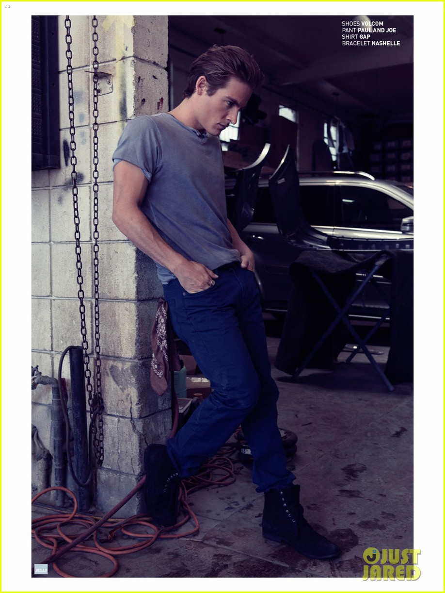 kevin zegers talks cory monteith death received his ashes 062924956