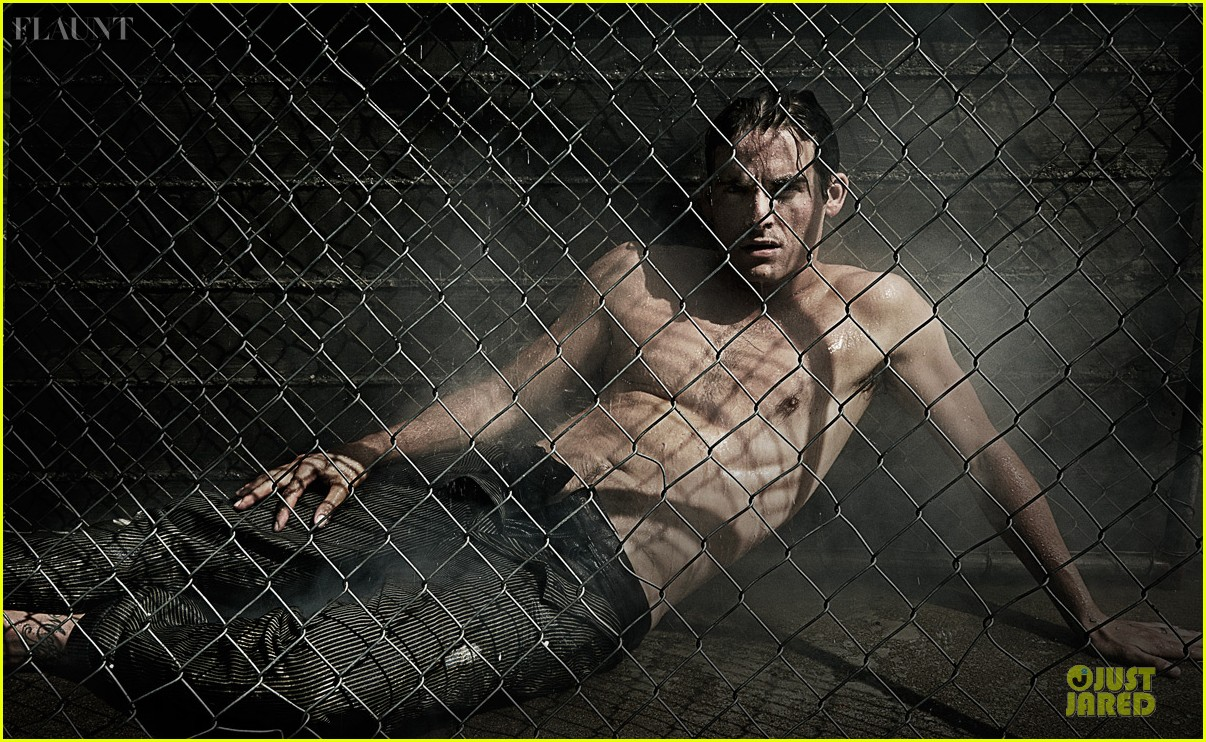 kevin zegers shirtless for flaunt dye issue 052936329
