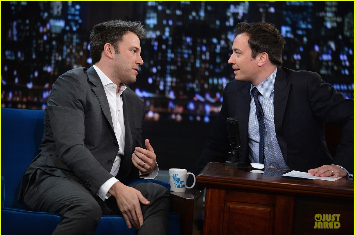 ben affleck mindy kaling late night with jimmy fallon guests 102953852