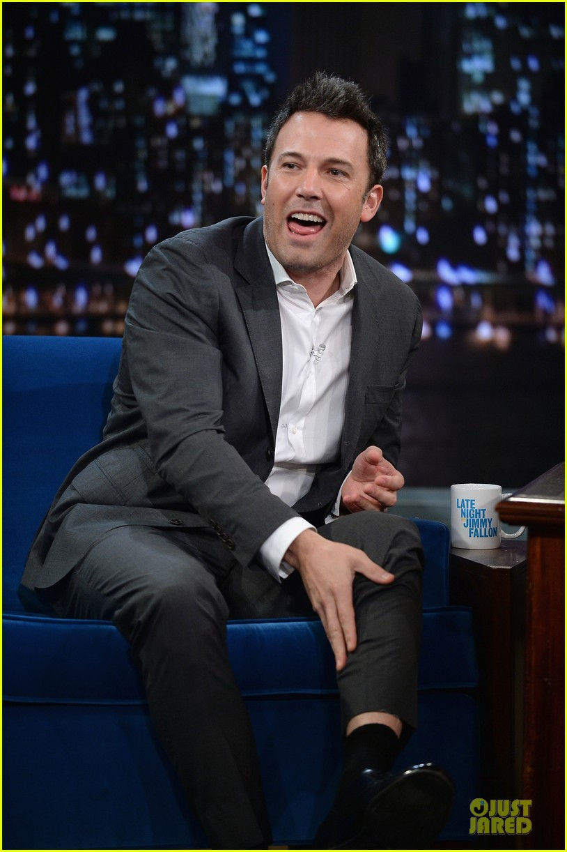 ben affleck mindy kaling late night with jimmy fallon guests 112953853