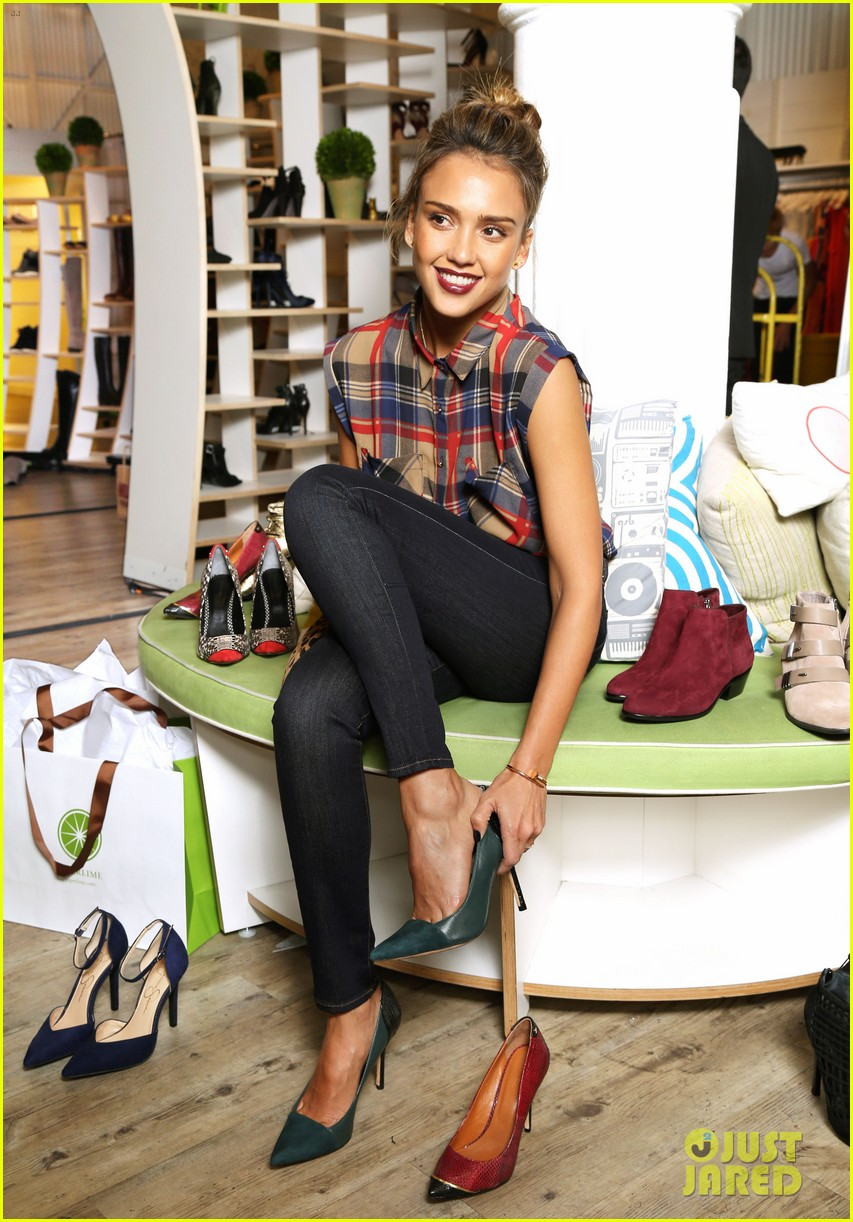 jessica alba piperlime welcomes its new guest editor 022950567