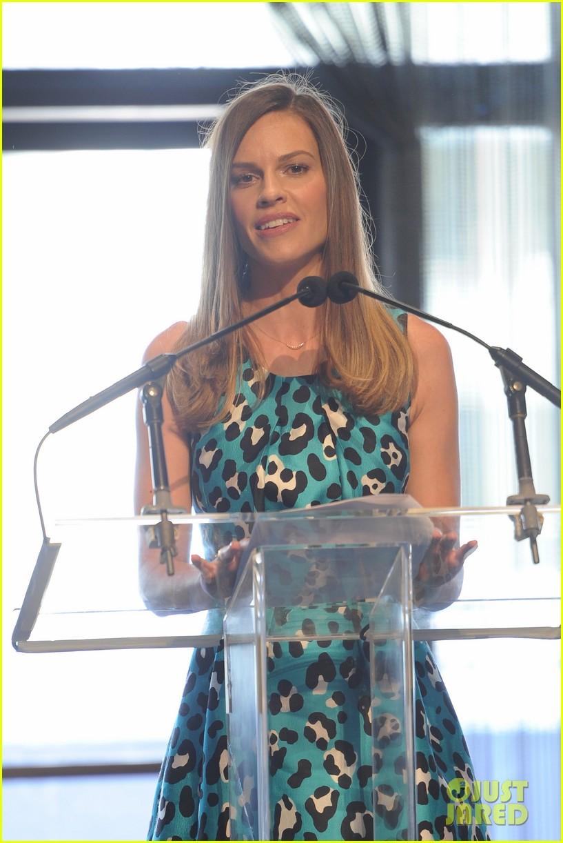 lily aldridge doutzen kroes couture lunch honoring michael kors 02