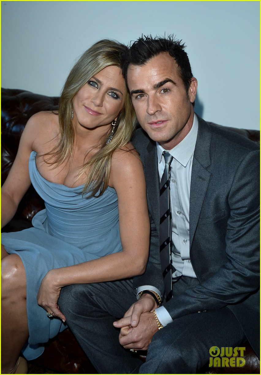 jennifer aniston life of crime cocktails with justin theroux 042952458