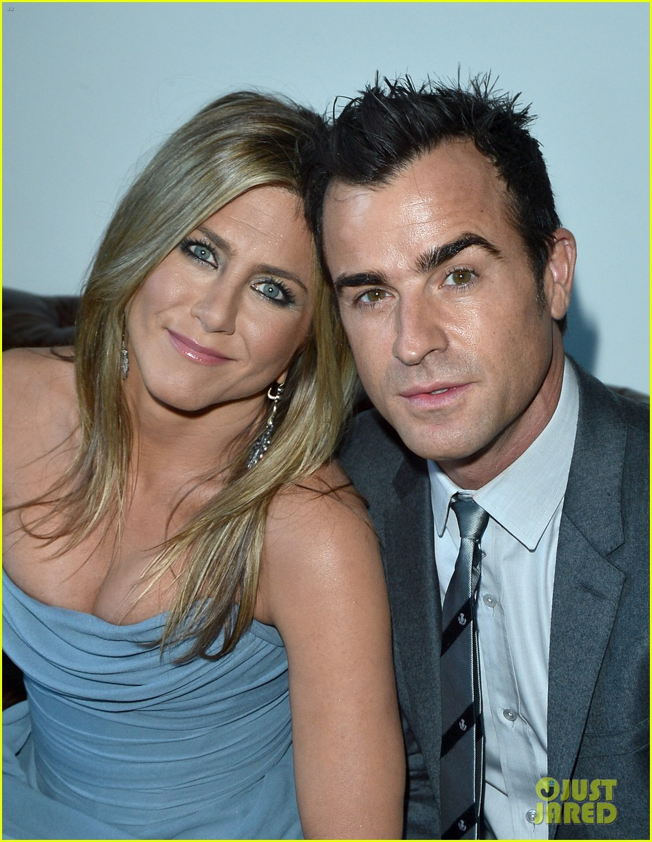jennifer aniston life of crime cocktails with justin theroux 152952469