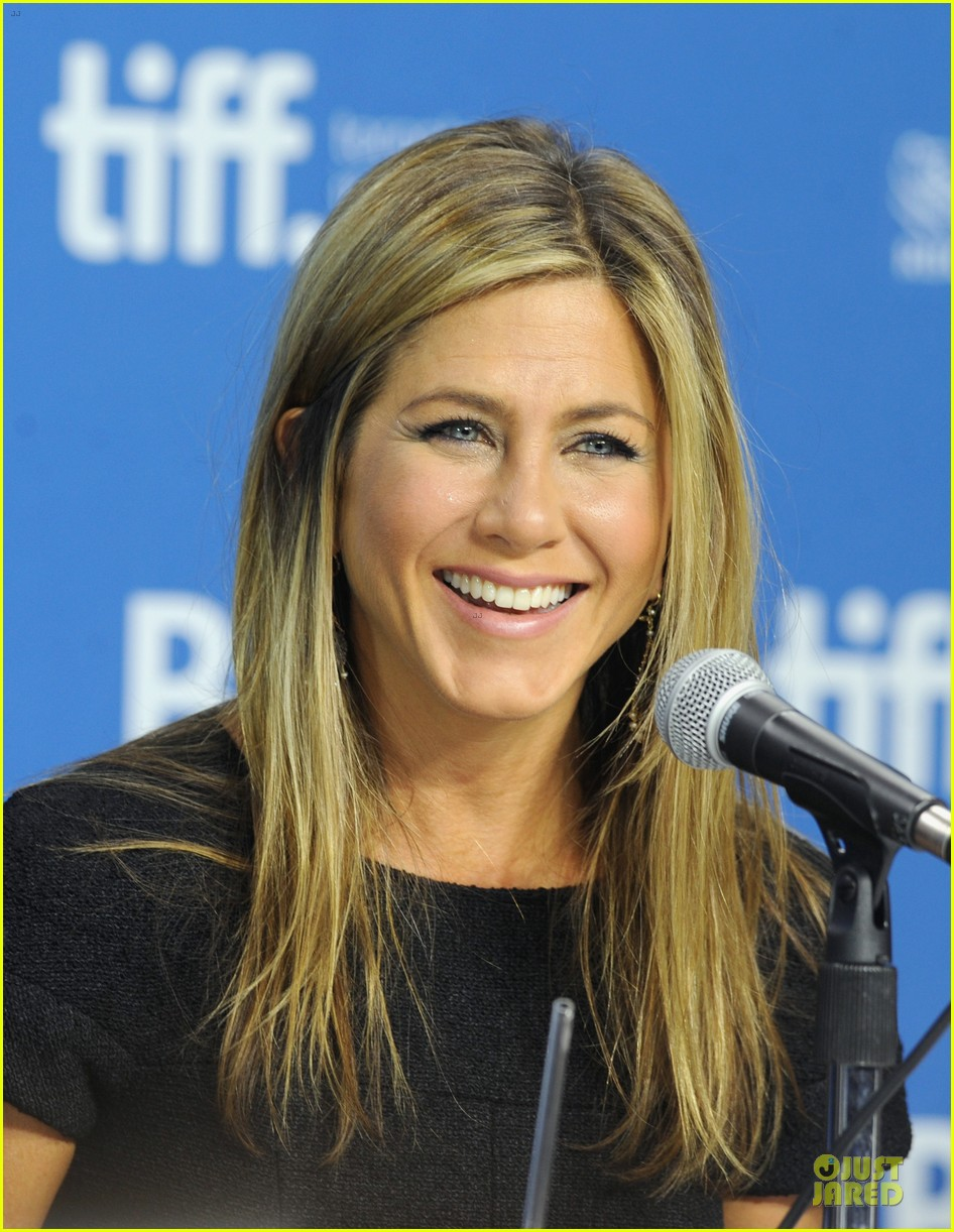jennifer aniston life of crime tiff press conference 022952213
