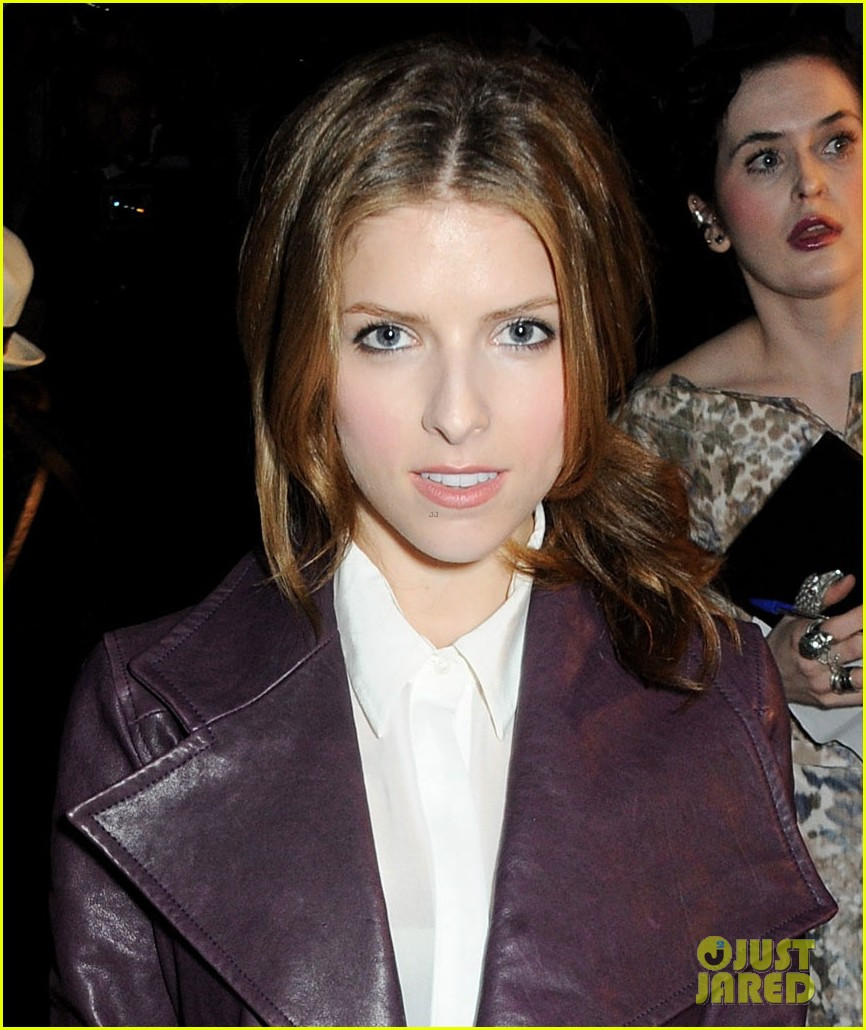 anna kendrick temperley london vivienne westwood shows 06