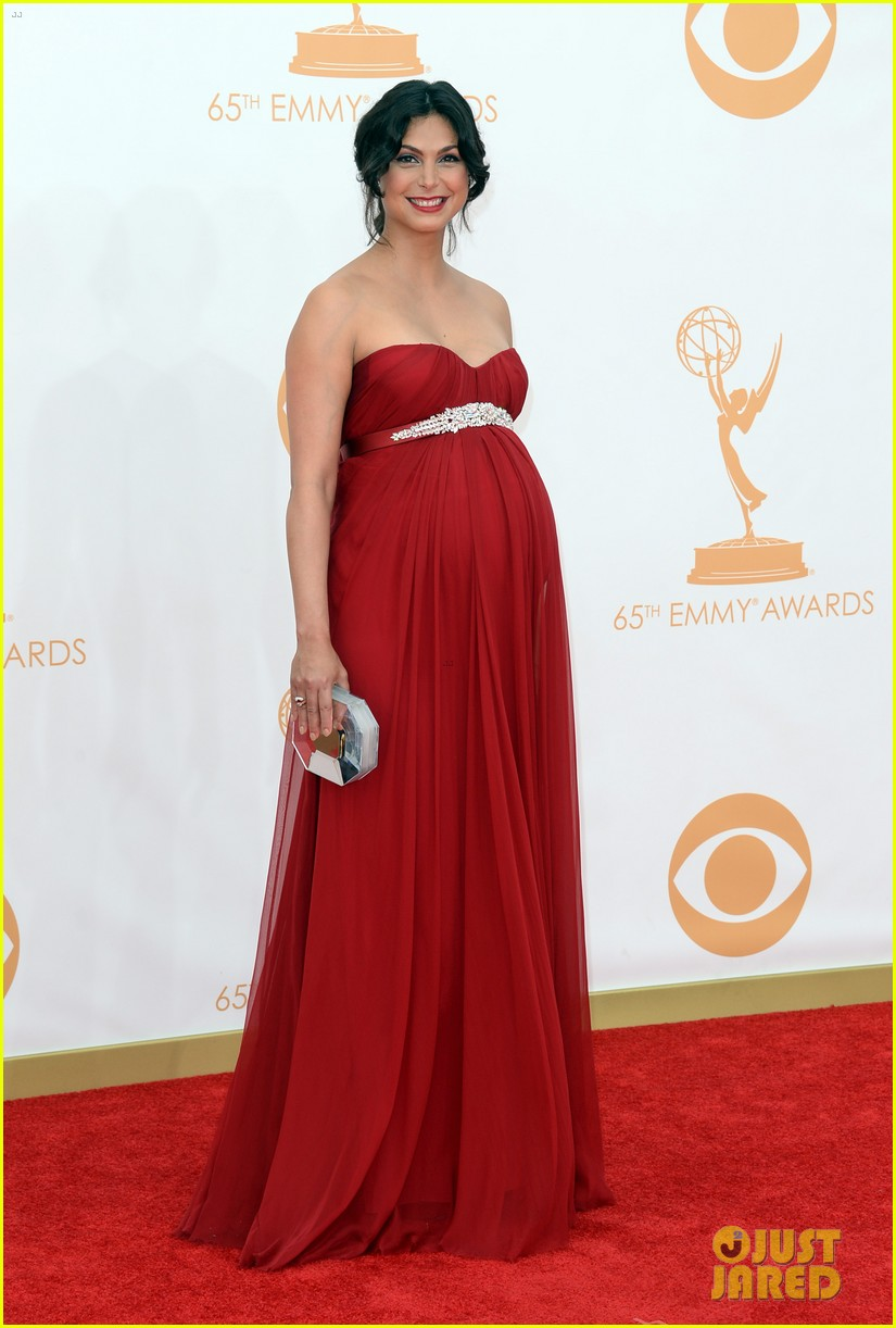 pregnant morena baccarin emmys 2013 red carpet 122958008