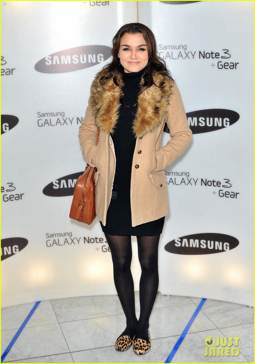 samantha barks ellie goulding samsung galaxy gear launch 102960144