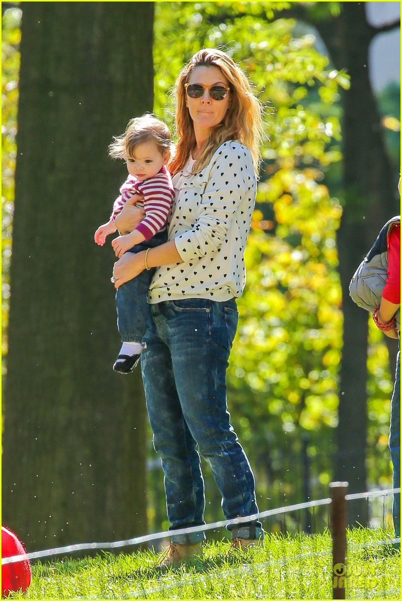 drew barrymore will kopelman central park fun with olive 012962213