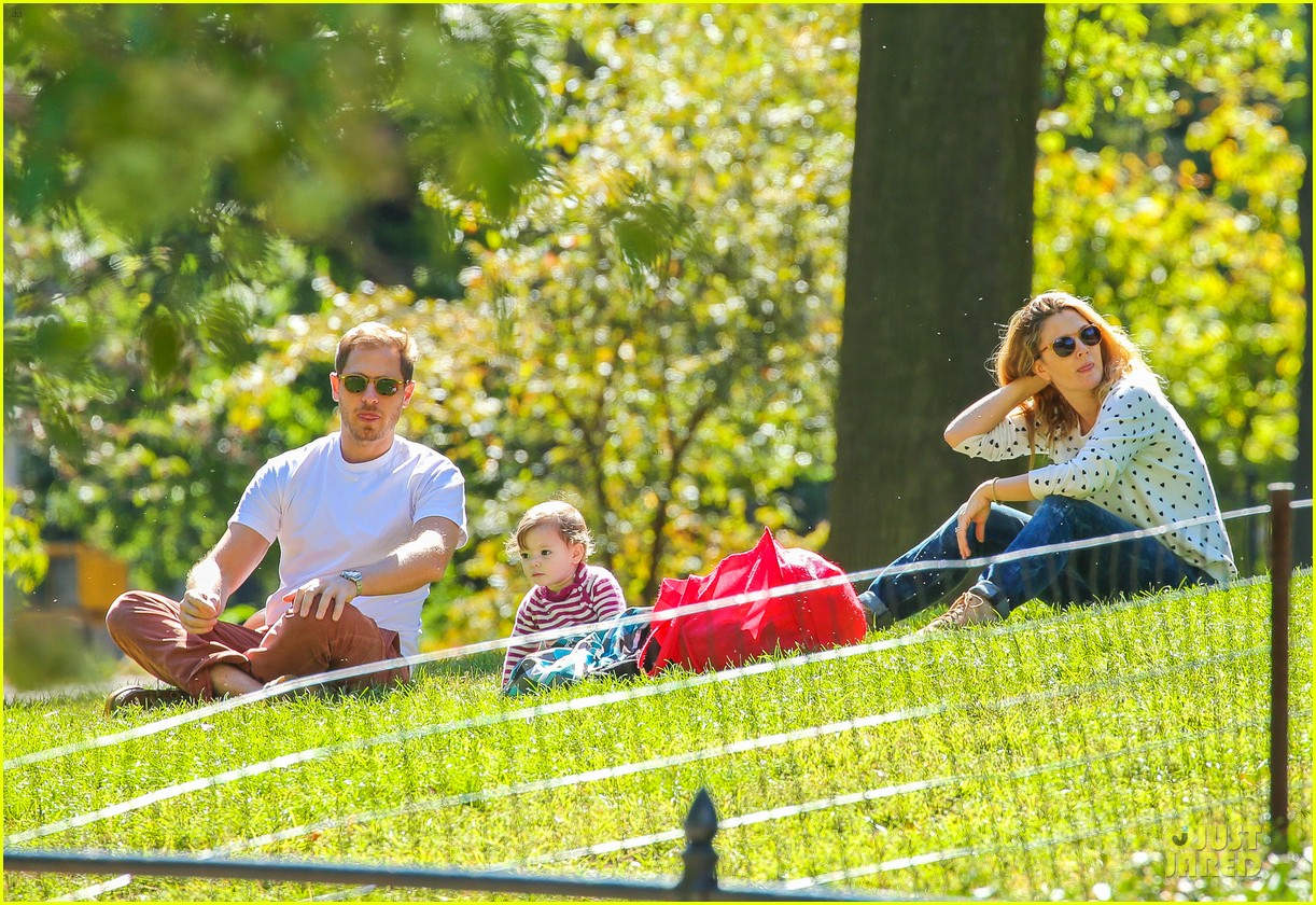 drew barrymore will kopelman central park fun with olive 132962225