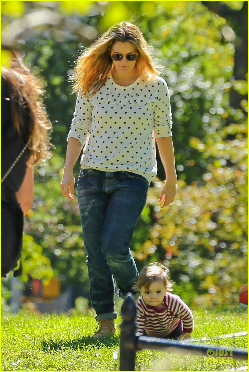 drew barrymore will kopelman central park fun with olive 192962231