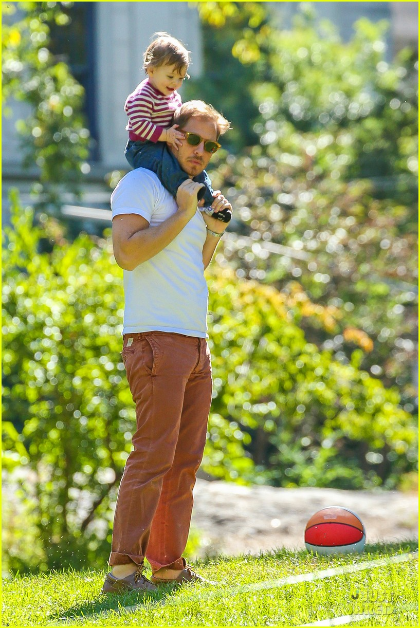 drew barrymore will kopelman central park fun with olive 302962242