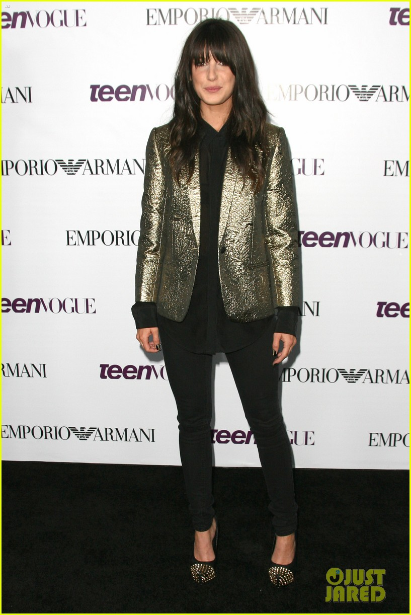 chloe bennet dom sherwood young hollywood party 2013 30