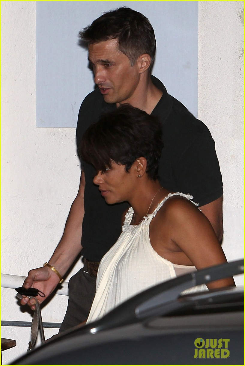 halle berry releases statement about anti paparazzi law 102960962