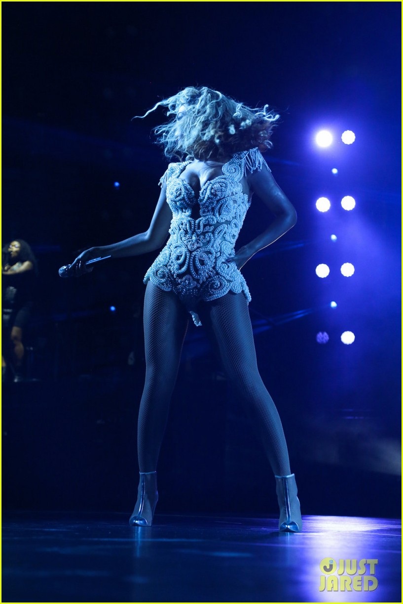 beyonce mrs carter tour brazil press conference show 162947581