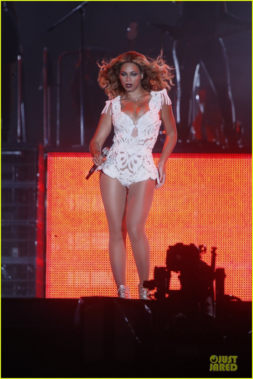 beyonce rock in rio opening night performer 05