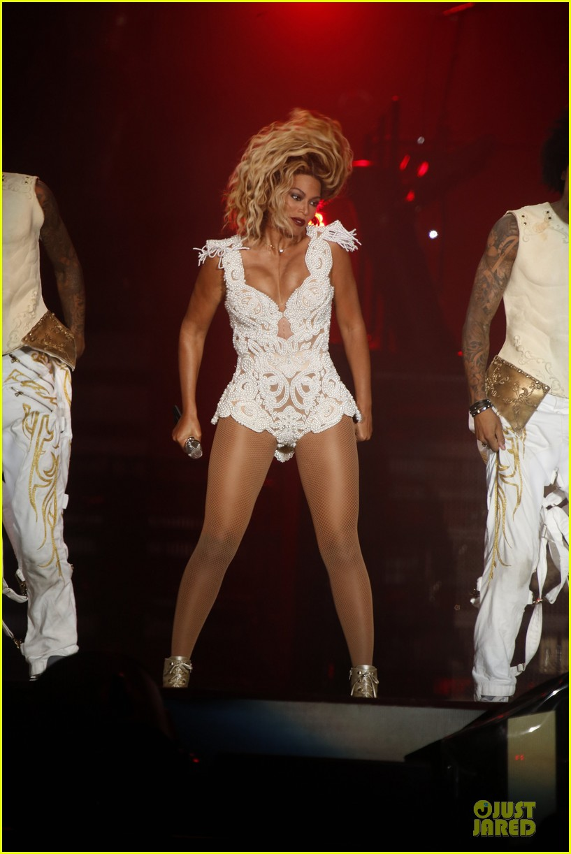 beyonce rock in rio opening night performer 272952356